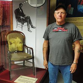 Auto Attractions museum has extensive tribute to Lincoln