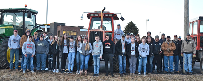 Alumni Join Students To Make The 2019 WHS Tractor Day A Success