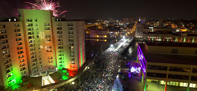 Stroll on State adds new magical experiences in its seventh year