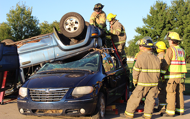 Boone County FF Explorers tackle extrications