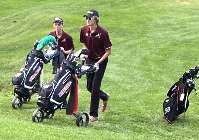 Belvidere boys golfers working hard on their game